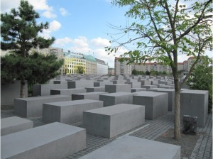 5896367-Holocaust_Memorial_Berlin