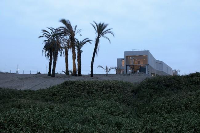 5108a1bfb3fc4b276d000187_paracas-house-rrmr-arquitectos_casa_paracas_-_arq-roberto_riofrio_arq-micaela_rodrigo_-_fotografo_javier_larrea_-_005-1000x666