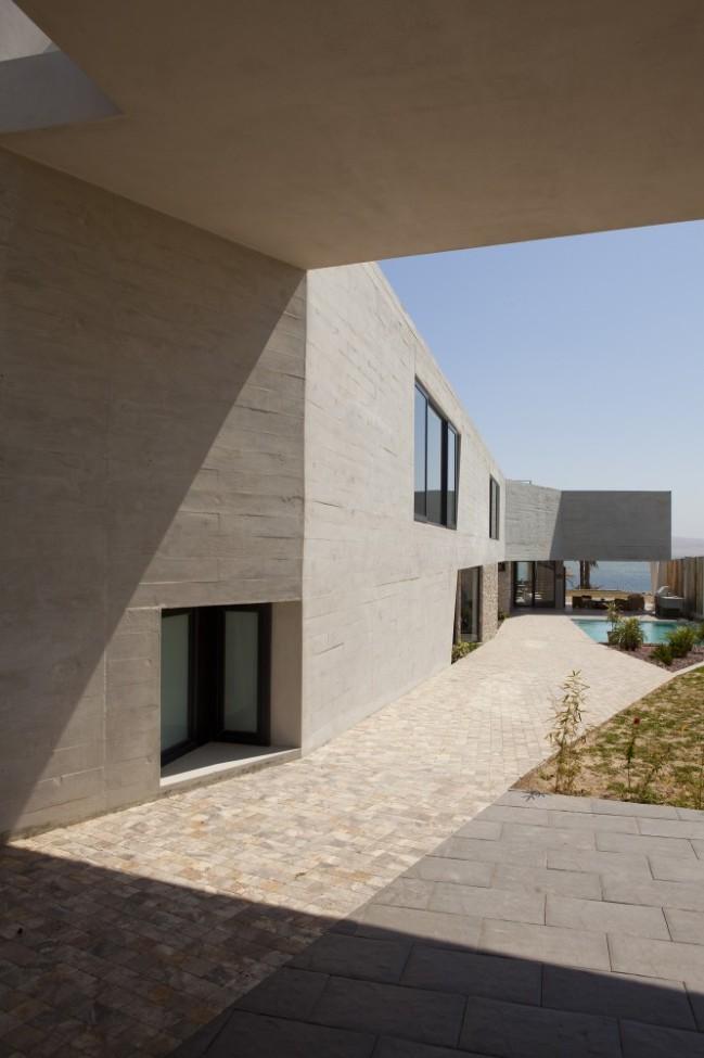 5108a266b3fc4b276d000193_paracas-house-rrmr-arquitectos_casa_paracas_-_arq-roberto_riofrio_arq-micaela_rodrigo_-_fotografo_javier_larrea_-_006-666x1000