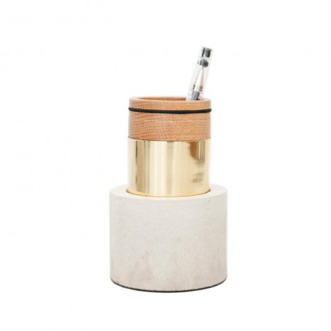 plant_and_moss_-_akita_pen_stand_1