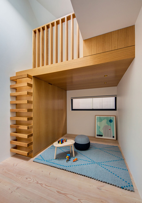 Glebe-House-by-Nobbs-Radford-Architects-extends-a-Sydney-residence_dezeen_17