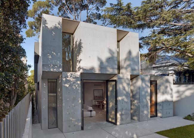 Glebe-House-by-Nobbs-Radford-Architects-extends-a-Sydney-residence_dezeen_ss_18